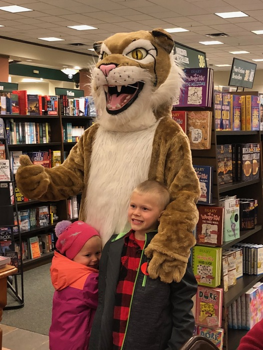 Windsor Wildcat at B&N Book Fair